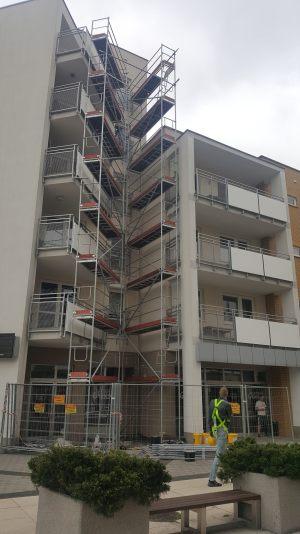 zdjecia-malowanie-i-renowacja-balkonow-03