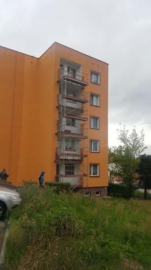 zdjecia-malowanie-i-renowacja-balkonow-30